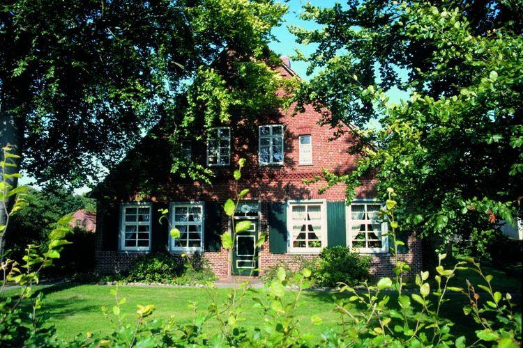 Typisches Gulfhaus in Friedeburg