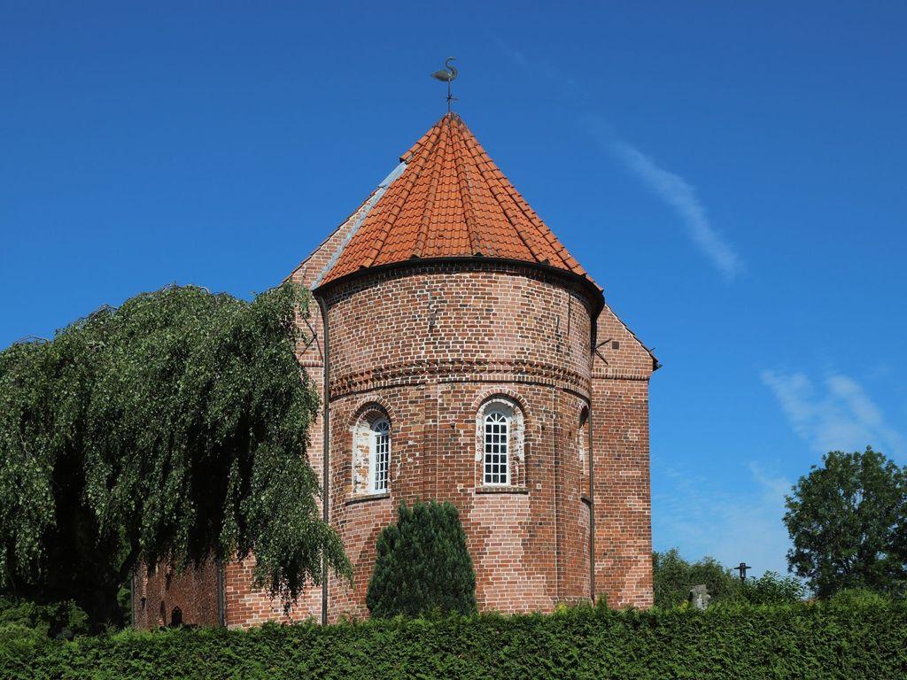 St.-Mauritius-Kirche in Friedeburg-Horsten